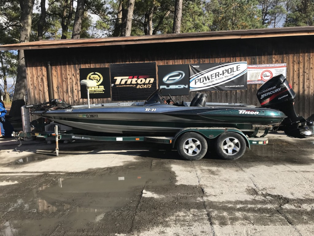 Sold out '02 Tritonboats TR-21 with OPTIMAX225