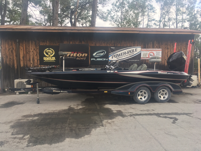 SOLD OUT'04 Triton Boats 21X with Optimax225