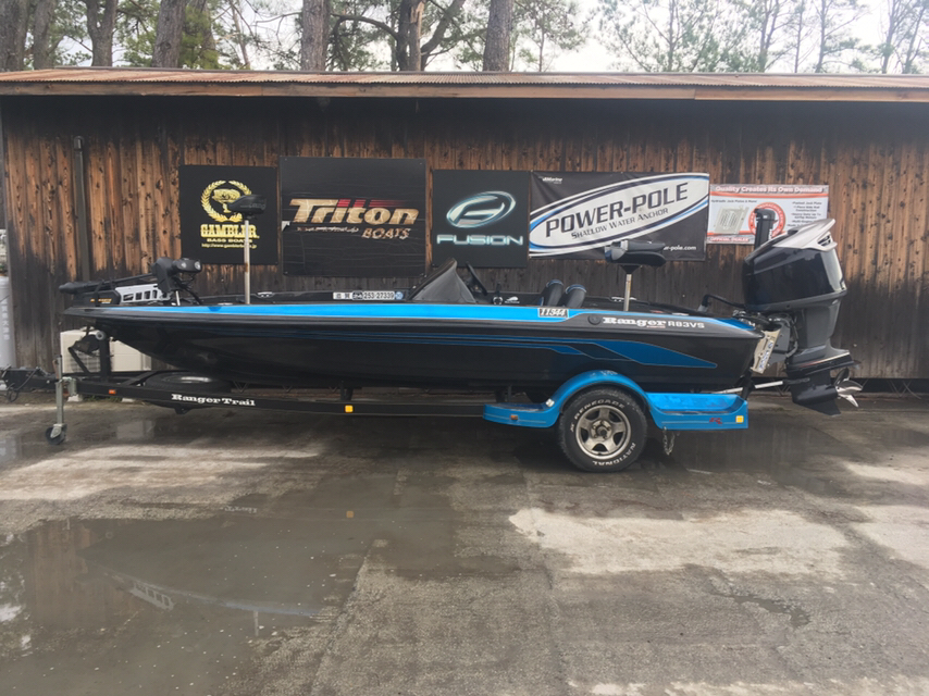 SOLD OUT '01 Ranger Boats R83 with HPDI150