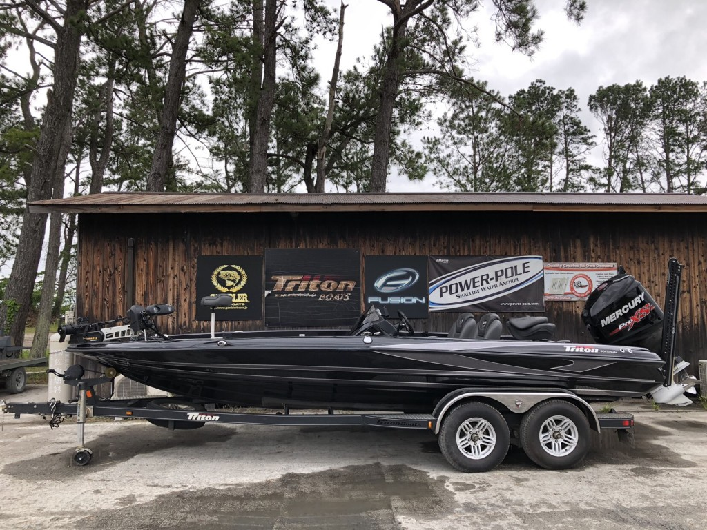 SOLD OUT '17 Triton Boats 21TRX ELITE with ProXS 250