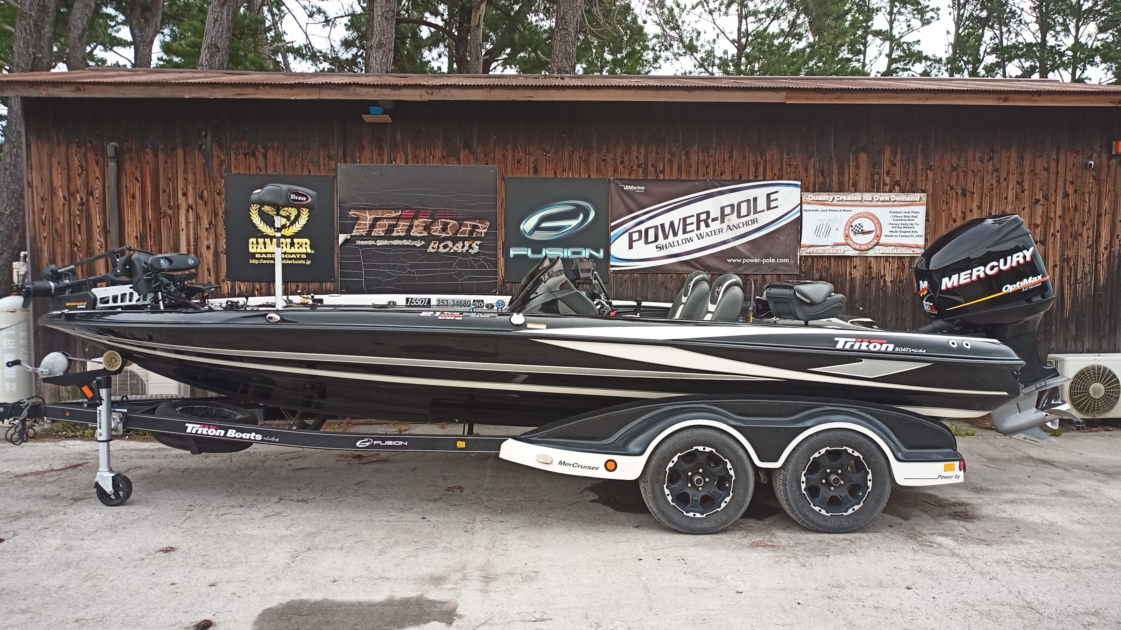 2021年末まで保管料サービス '17 Triton Boats 21TRX ELITE BASS MASTER EDITION with 300XS Racing