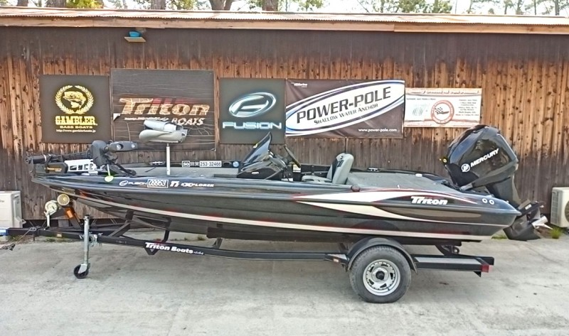 2021年末まで保管料サービス '12 Triton Boats 17EXPLORER with OPTI115